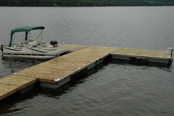 • 5'x20' ramp w/5–10'x20' docks• 17 NW1000 floats required