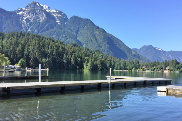 • 4'x20' Flared Ramp, 8'x20' dock w/Trex Decking• 9 NW450 floats required